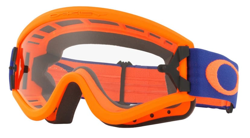 Oakley L-frame goggles can be made with prescription lenses.