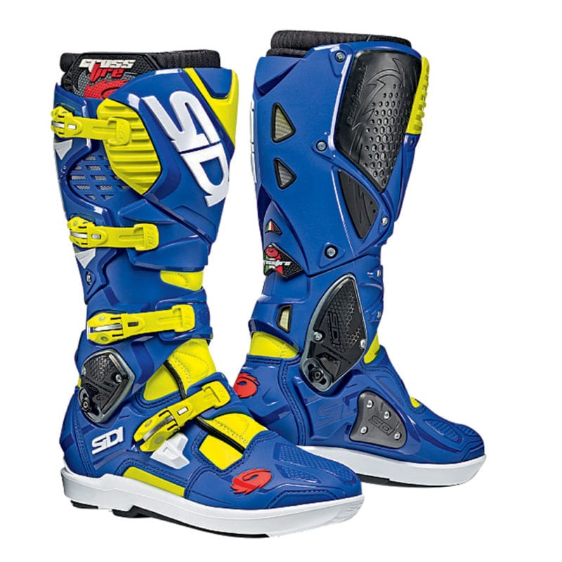 Sidi Crossfire 3 SRS Boots come in half sizes.
