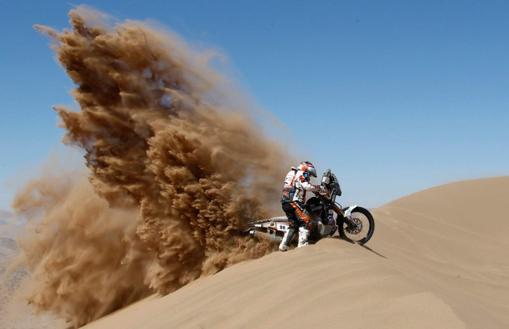 riding in sand lets you pull massive roosts.