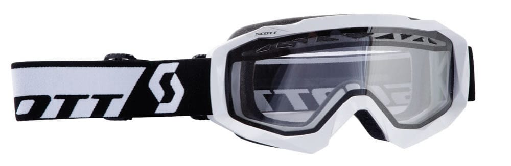Double lensed goggles are great for extreme temperatures.