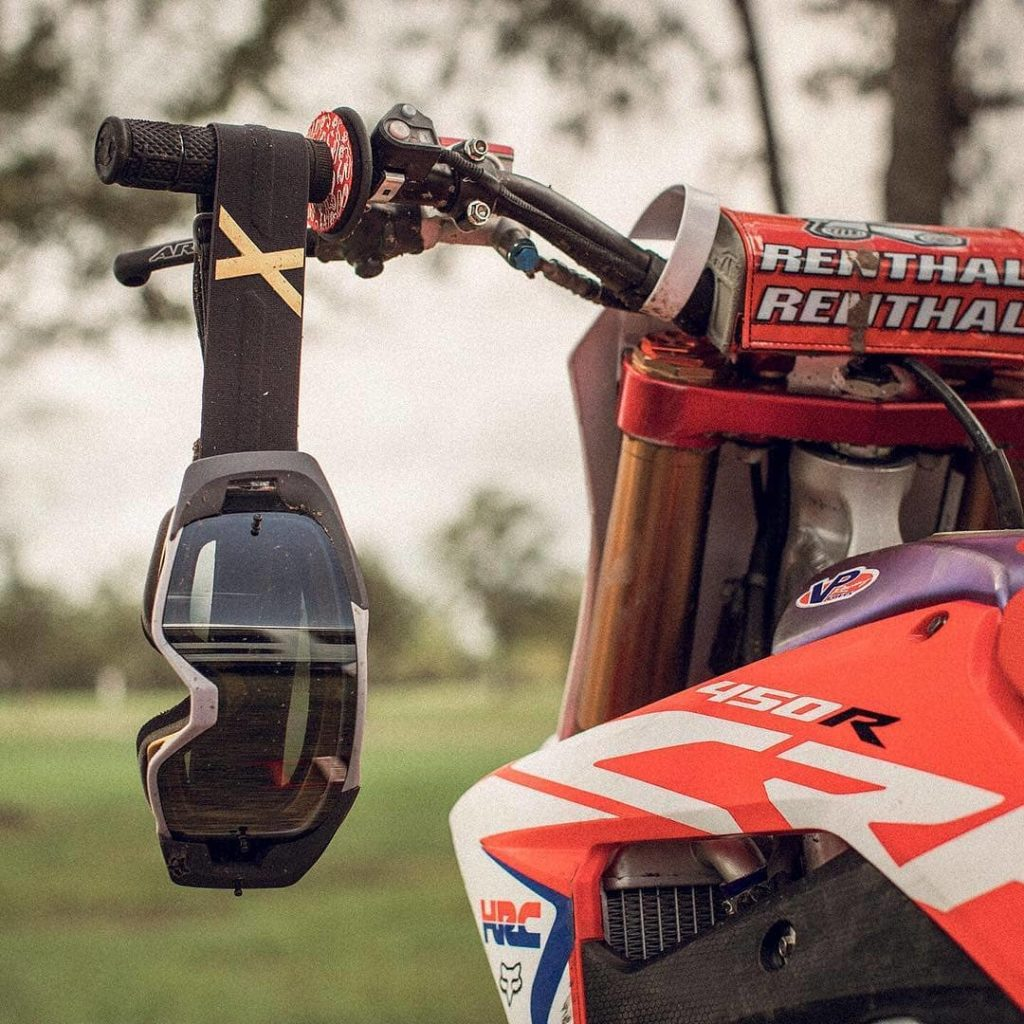 Here are my Picks for the Best Dirt Bike Goggles for 2019!