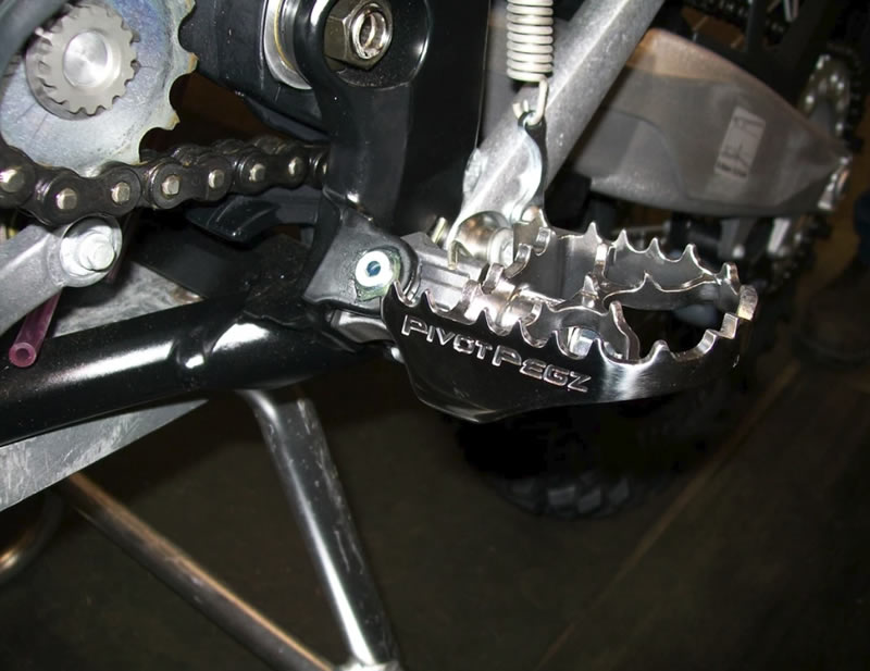 best motocross footpegs. pivot pegz MK3